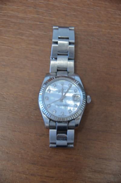 SH Enchères, Sophie Himbaut commissaire-priseur Belle vente de bijoux, objets d'art, tableaux et mobilier le mercredi 16 décembre à 14h. rolex-datejust-oyster-perpetual-montre-bracelet-or-et-diamants