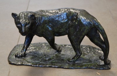 SH Enchères, Sophie Himbaut commissaire-priseur Belle vente de tableaux, objets d'art et collections le vendredi 25 juin à 14h roger-godchaux-panthere-marchant-sculpture-en-bronze