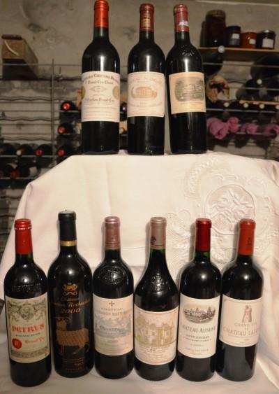 SH Enchères, Sophie Himbaut commissaire-priseur Vente online de vins et alcools provenant d'une importante cave particulière coffret-collection-duclot-2000-9-bouteilles